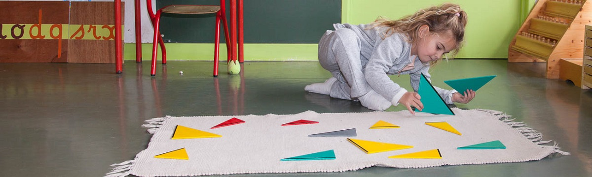 méthode montessori triangles constructeurs formation
